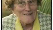 Poetsvrouw Anna (80) viert écht vijftig jaar VRT