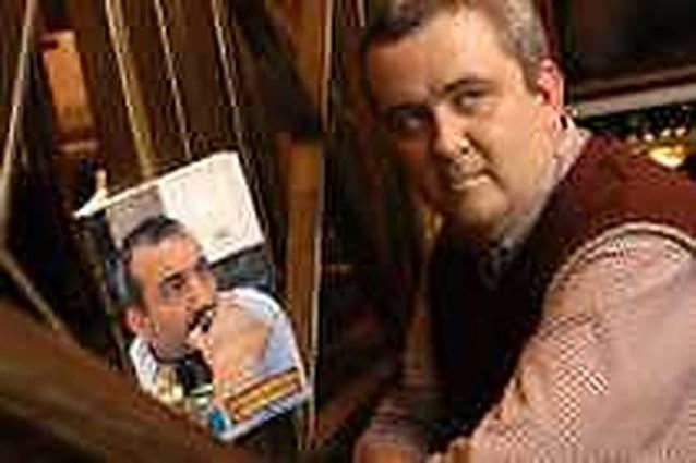 Antwerpse agent schrijft romandebuut over eerwraak
