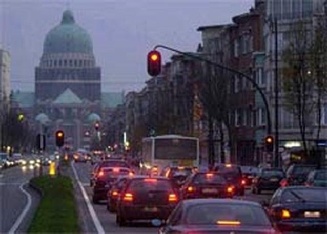 'Boetes voor door rood licht rijden niet correct'
