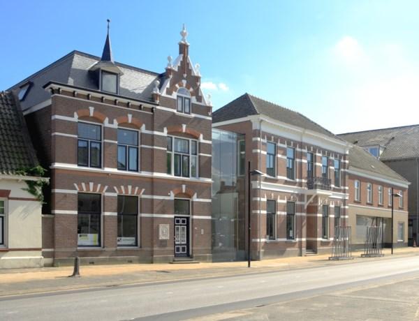Roger Raveel te gast in het Vincent van GoghHuis in Zundert (NL)