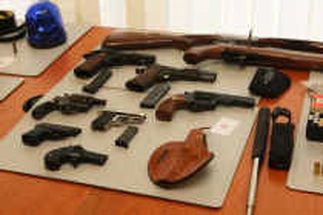 Zware wapens en explosieven te koop in Brussel