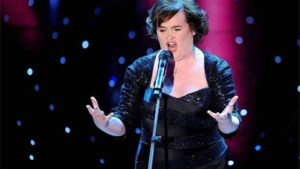 Susan Boyle huilt omdat ze 'Perfect Day' niet mag zingen