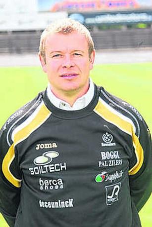 Nico Vanderdonck hoofdtrainer van SV Roeselare