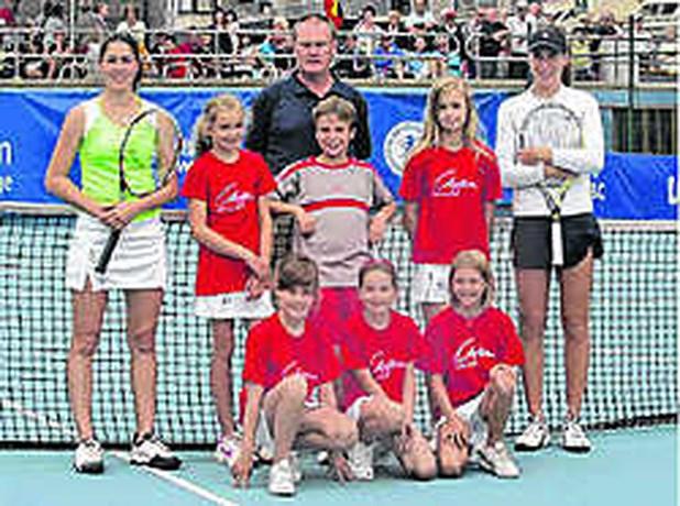 TENNIS WESTENDE LADIES TENNISCUP Nicky Van Dyck kansloos in finale tegen Johanna Konta