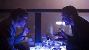 Facebookfilm wint eerste filmprijzen van het seizoen in VS