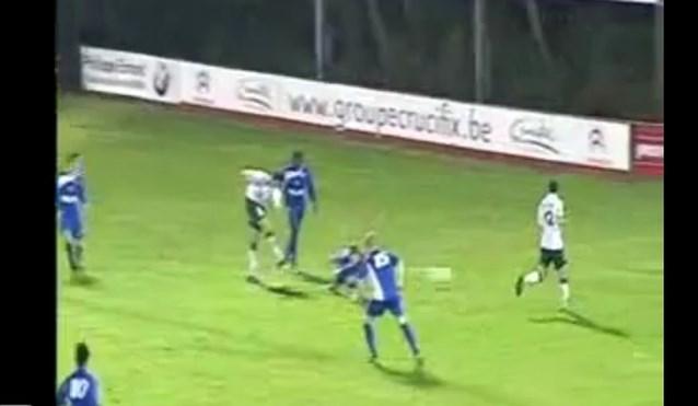 VIDEO: Deze spits uit derde klasse willen Anderlecht en Standard