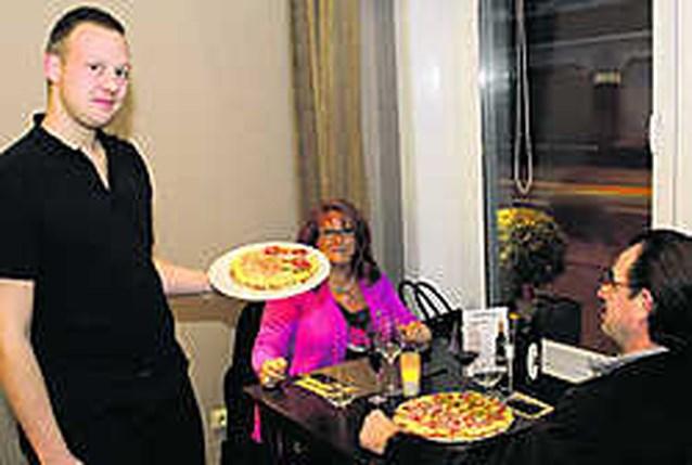 Gewezen lasser verrast jury met zijn unieke pizza Carpaccio