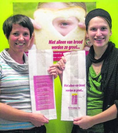 Opvoedingswinkels maken reclame via broodzakken