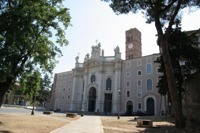 Vaticaan sluit 'levendigste' klooster van Rome