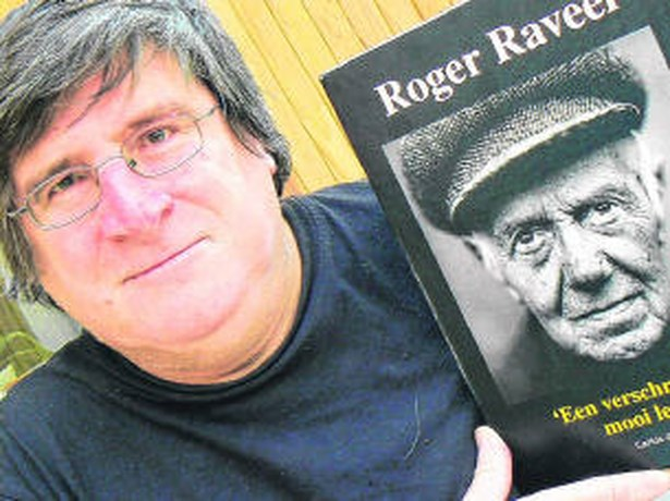 Carlos Alleene schrijft boek als ode aan 90-jarige Roger Raveel