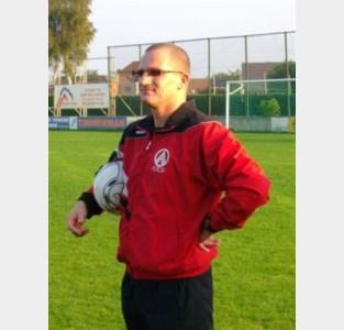 SKW ontslaat trainer Nijskens