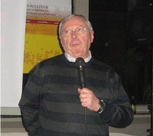 Professor De Keukeleire houdt lezing over hop en bier