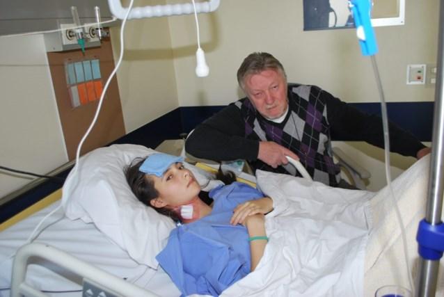Andrea (15) in levensgevaar na foute diagnose