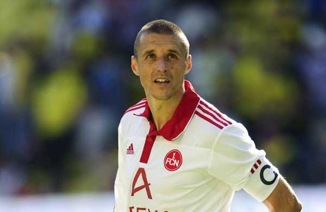 Timmy Simons verlengt contract bij Nürnberg