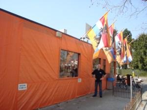 Eerste etablissement in oranje