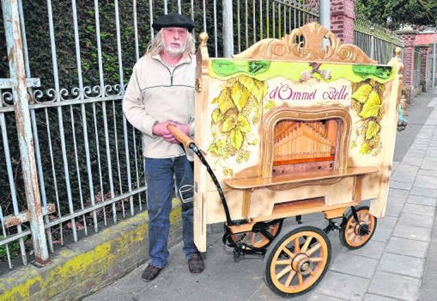 Poperingenaar is beste orgeldraaier van West-Vlaanderen