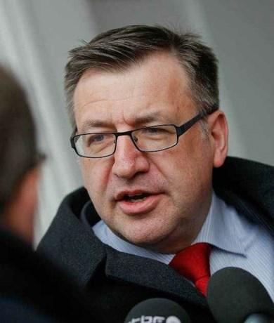 Minister Vanackere bevestigt bestaan noodplannen voor Grexit