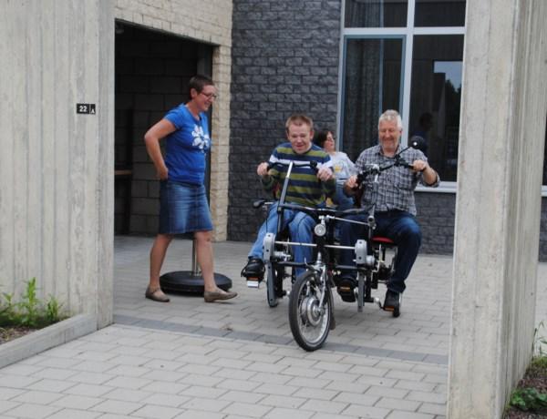 Te huur: rolstoelfiets voor personen met handicap