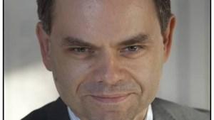 VRT-correspondent Pascal Paepen gaat voor de klas staan