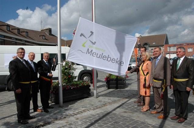 Meulebeke heeft nieuw logo en gerenoveerd gemeentehuis