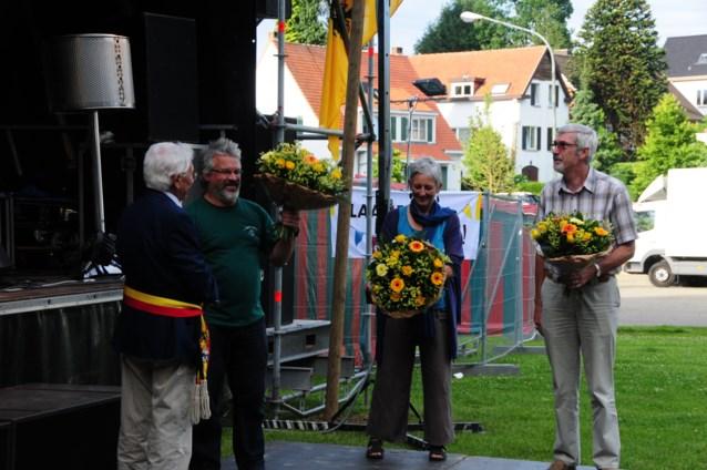 Jubilerende verenigingen  in de bloemetjes gezet