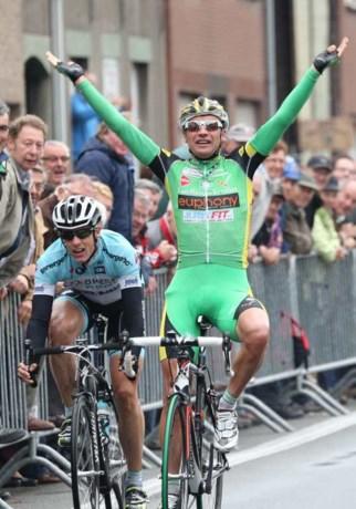 Bert De Waele neemt afscheid met winst