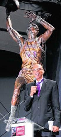 Standbeeld voor Kareem Abdul-Jabbar in Los Angeles