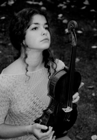 MUZIEK. Violiste Maya Levy (15) kampioene van Belfius Classics