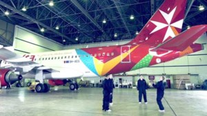 Air Malta maakt reclamespot met sterren van... OHL