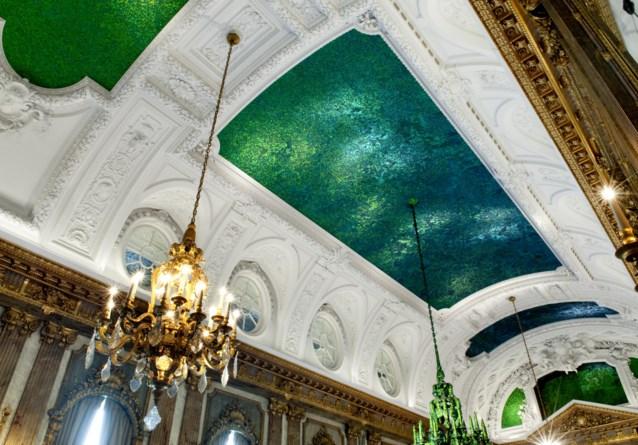'Er zitten doodshoofden in plafond van paleis'