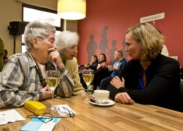 Sociaal restaurant Zeven Schaken heropent in Lange Beeldekensstraat