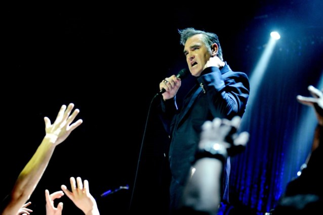Moet Morrissey stoppen met muziek door gezondheid?