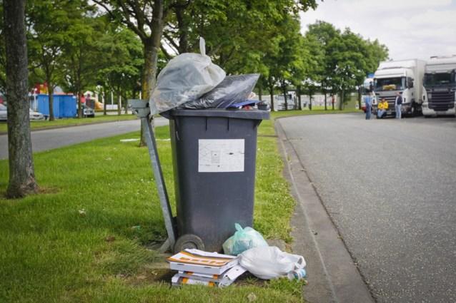 Gent lost zwerfvuilprobleem op... door het te laten liggen
