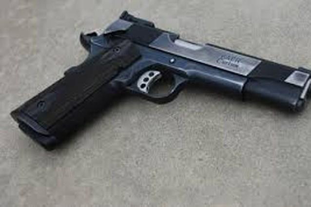 Iedereen moet voortaan wapen hebben in Amerikaans stadje