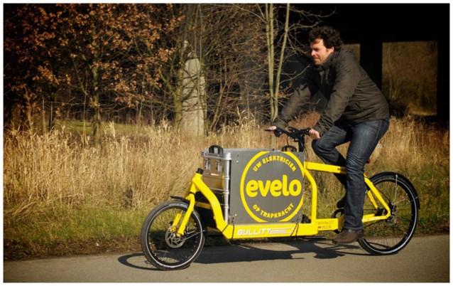 Elektricien ruilt bestelwagen in voor fiets