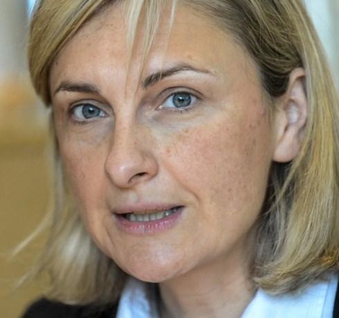 Vlaams minister Hilde Crevits: 'Sommige fietspaden zijn  nog steeds een blamage'