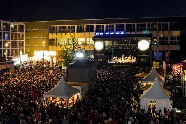 Politie houdt bezoekers Genk on Stage nauwlettend in de gaten