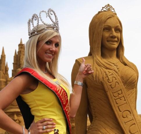 Miss België heeft eigen zandsculptuur in Blankenberge
