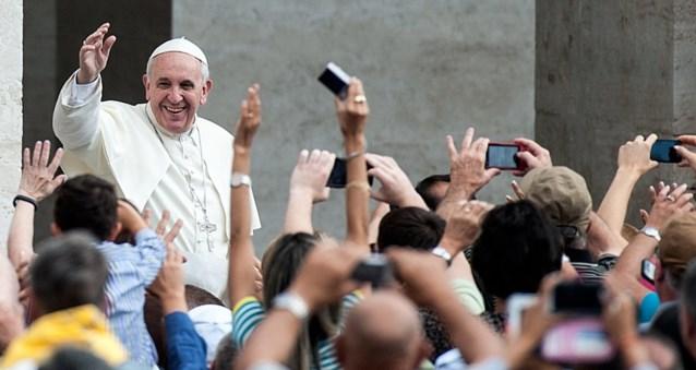Paus Franciscus: 'Niet enkel bezig zijn met abortus, homohuwelijk en contraceptie'