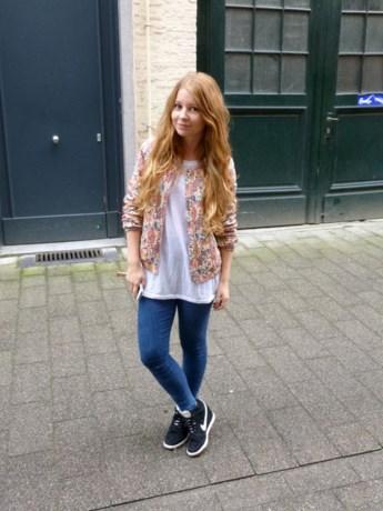 IN DE KIJKER. Elien Migalski en haar modeblog 'Dogs & Dresses'
