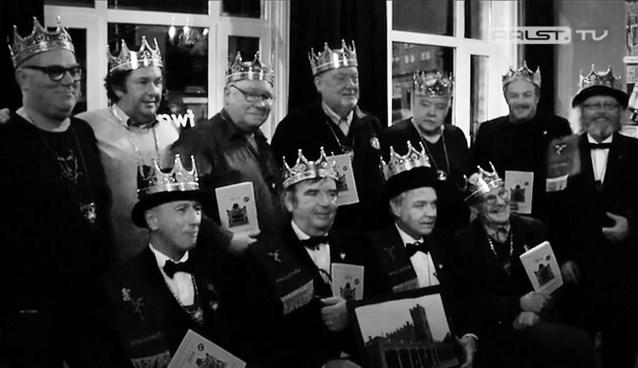 VIDEO. Draeckenieren verdiepen zich in het leven van koning Filip