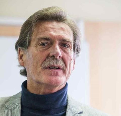 Eerste euthanasieklacht tegen Wim Distelmans