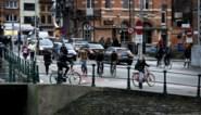 Fietsstraat op komst aan kruispunt met Verlorenkost