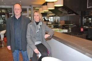 Koffie en broodjeszaak opent in stationsbuffet
