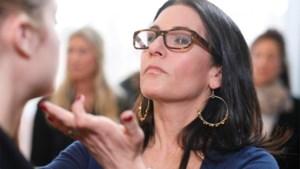 Make-upgoeroe Bobbi Brown aan de slag bij Yahoo