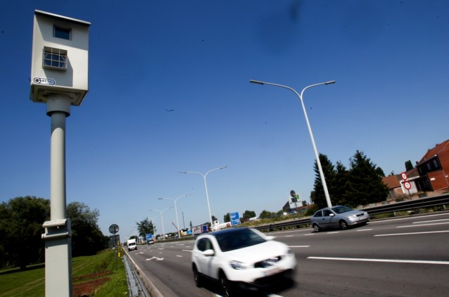 Geen nieuwe flitspalen meer langs snelwegen