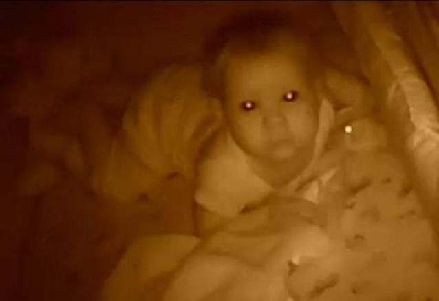 Hacker schreeuwt baby wakker via babyfoon