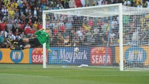 Eerste WK met doellijntechnologie en spuitbus voor refs