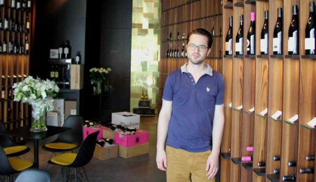 Jonge wijnkenner start wijnbar op Eilandje