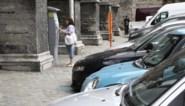 Watteeuw verdedigt parkeerplan: '33 cent per dag om twee auto's te parkeren valt mee'